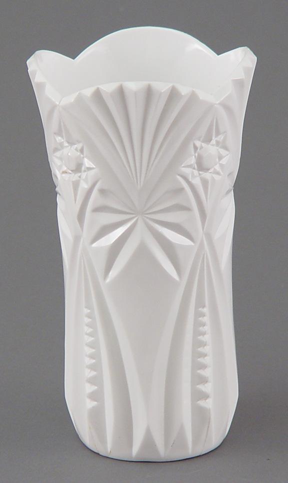 DL2705 White